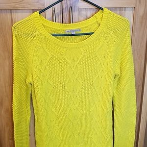 SM Yellow cable knit Gap sweater